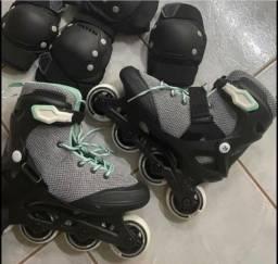 Título do anúncio: Vendo roller novo tamanho 37
