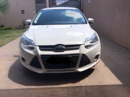 Focus hatch 1.6 Manual 2014/2014.