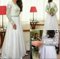 Título do anúncio: Vestido de Noiva. Renda.