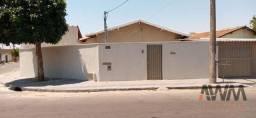 Casa com 4 dormitórios à venda, 275 m² por R$ 370.000 - Setor Marechal Rondon - Goiânia/GO