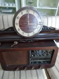 Rádio e relógio