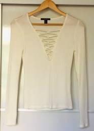 Título do anúncio: Blusa canelada off white Forever 21 (leia o anuncio pfvr)