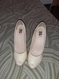 Sandalia/ sapato peep toe