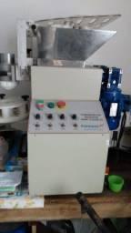 Título do anúncio: Máquina de salgados Basic Color 3.5 - Formaza