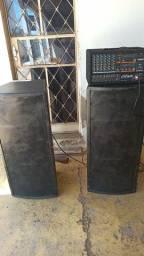 Caixas de som profissionais com cabeçote yamaha