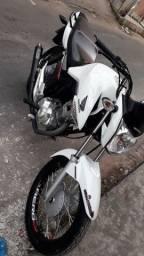 Moto 160 top de garagem