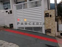 Título do anúncio: (K) Sobrado à Venda em Potecas, com 02 dormitórios em São José/SC.