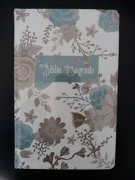 Bíblia Sagrada Perfume