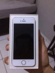 Vendo iPhone 5s com todos os acessórios