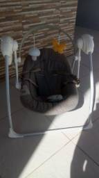 Cadeira de Balanço Eletrônica