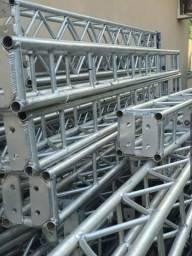 Q15 alumínio