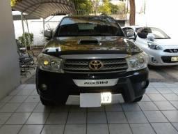 Toyota SW4 SRV 4X4 3.0 Turbo Aut - 2011