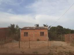 Vendo terreno com casa em construção