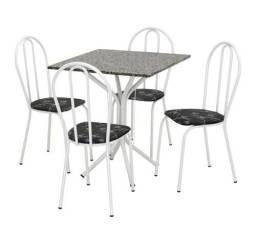 Vendo mesa 4 cadeira