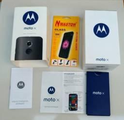 Caixa Motorola Moto X2, com sobrecaixa, manuais e película de vidro