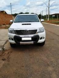 Toyota Hilux 3.0 srv 4x4 diesel 2012/2013 - 2012
