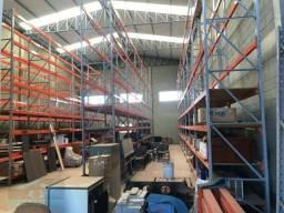 Alugo 2 Barracões Novos na Zona Sul - 688 m2