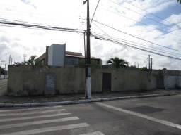 Casa situada na Rua Profº José Freitas de Andrade, Bairro Coroa do Meio