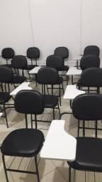 Cadeiras universitárias novas