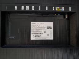 Smart tv Samsung UN55NU7100G com defeito