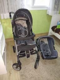Carrinho e bebê conforte Infanti