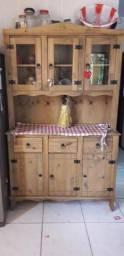 Móvel rústico em madeira