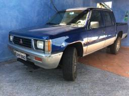 Mitsubishi L200 Cabine dupla Azul Diesel 4x4 1997