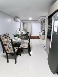 Casa com dois dormitórios para venda em Carazinho