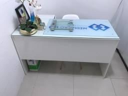 Conjunto mesa de escritório e escrivaninha