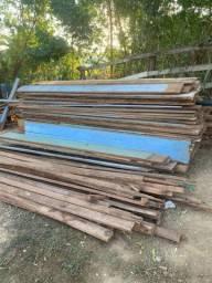 Vendo madeira completa de uma casa