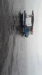 Barco todo reformado de pesca e passeio