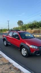Fiat Strada 2010 1.8 bem conservada