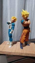 Goku e Vegeta - Bonecos 20cm (150 cada)
