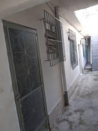 Título do anúncio: Casa em Madureira próximo à Praça Patriarca, BRT e Estação de Trem