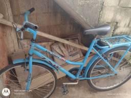 Título do anúncio: Vendo bicicleta com garupa e paralama e freios