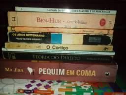 Livros variados a venda!
