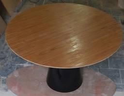 Mesa saarinen jantar tampo em madeira 1,80X1,00