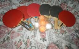 Kit Tênis de Mesa / Ping-Pong (6 raquetes e várias bolinhas)