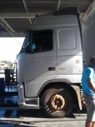 Caminhão  Volvo  FH400