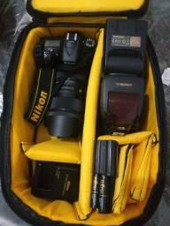 Nikon D7100 com lente Sigma ART 18-35 F1.8