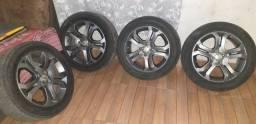 aro 16 com pneus seminovos R$ 1500