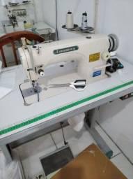 Título do anúncio: Duas máquinas de costura reta para vender
