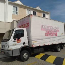 Título do anúncio: Fretes e Mudanças caminhão baú