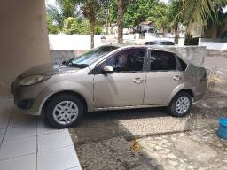 Fiesta Sedan 1.6 Class Flex -baixa kilometragem - 2011