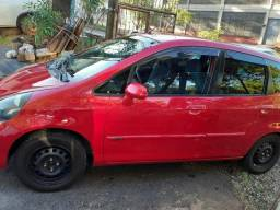 Honda fit muito bom e economico - 2005