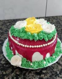Faço bolos e kit festas