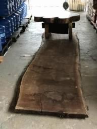 Tampo de madeira ou mesa centro