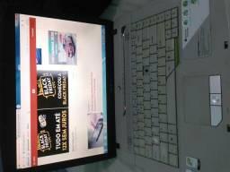 Notebook Accer com DVD