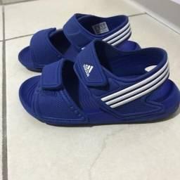Sandália Adidas infantil tam.28 29 akwah. Tb nike tip toey joey 72b7212ad95