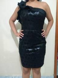 Vestido preto tubinho